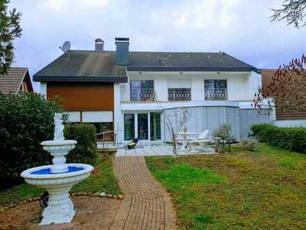 Sehr schönes, geräumiges Haus mit sechs Zimmern in Ortenaukreis, Rheinau