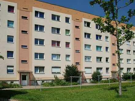 """""""Willkommen daheim"""" Schön geschnittene 3-Raum-Wohnung mit Balkon"""