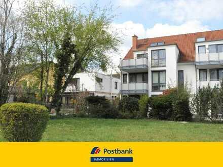 Gepflegt wohnen und Sonne genießen: wunderschöne 3-Zi-EG-Whg. mit 3 Terrassen, Garten, TG-Stellplatz