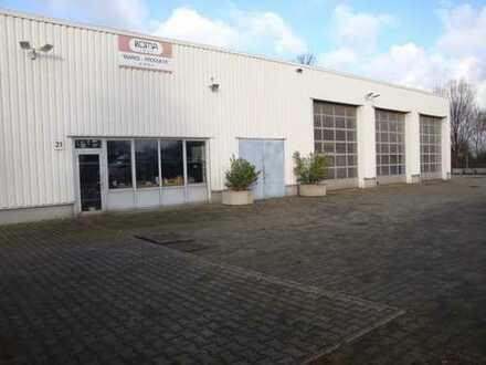 Industriehallen mit neuwertigem Bürogebäude