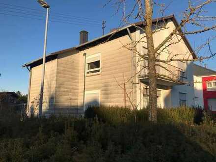 Mehrgenerationen- o. 2 Familienhaus mit großem Obstgrundstück
