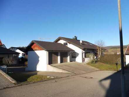 Erstbezug nach Sanierung: attraktive 3-Zimmer-Wohnung mit Einbauküche und Terrasse in Jungnau