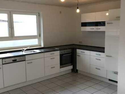 Modernisierte 3-Zimmer-Maisonette-Wohnung mit EBK in Sulzfeld