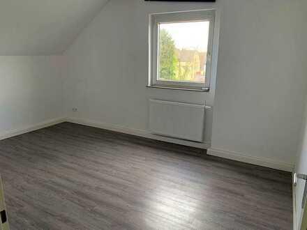 Studenten aufgepasst - Renovierte 3-Zimmerwohnung mit 60 m² Wfl.
