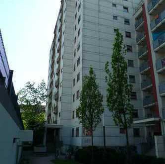 MA-Neckarstadt-Ost: gepflegte, helle, gut geschnittene 3-Zi.-Wgh. mit Balkon