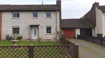 Schönes Haus mit sieben Zimmern in Duisburg, Fahrn
