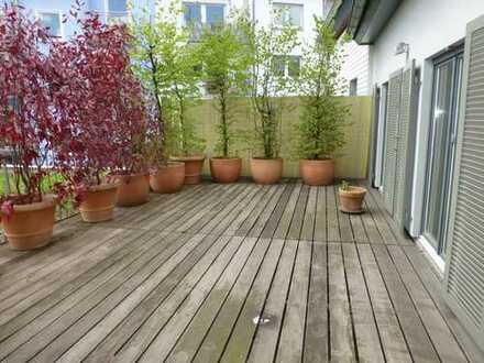 Einzigartiges, ruhig gelegenes Haus - im Herzen von Bockenheim - mit Kamin, Terrasse, Parkett uvm