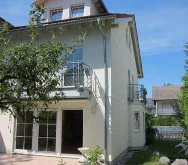 Bestlage Pullach - Doppelhaushälfte in energiesparender Bauweise - Bj. 2003