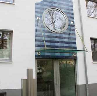 Moderne 3 Zimmer Maisonette-Wohnung direkt am Alsterarm inkl. TG-Stellplatz