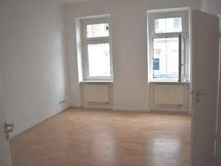 Erstbezug nach Sanierung! Schicke 1-Raum-Wohnung in Chemnitz-Kappel