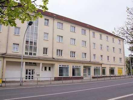 schöne 3 Raum Wohnung mit Balkon