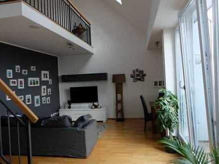 Schöne, geräumige Gallerie-DG Wohnung in Sendling-Westpark
