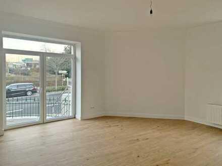 Wunderschöne 3-Raum-Wohnung mit Einbauküche und Terrasse!
