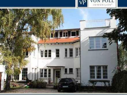 Großzügige 2,5-Zimmer- EG- Wohnung mit Terrasse, Hinterhaus Westend