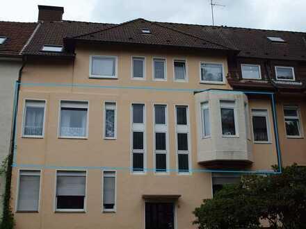 Für Kapitalanleger: Vermietete Altbauwohnung in Essen-Leithe