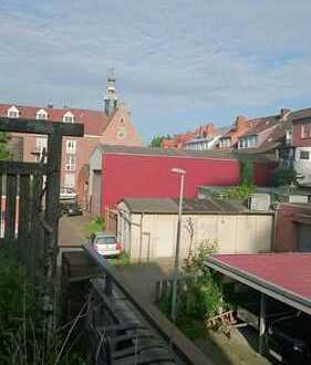 Schönste WG Emdens, 50m² Dachterrasse mit Kamin mitten in der Innenstadt