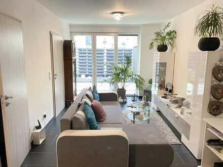 Single- Wohnung im EG mit kleinem Garten, ruhige Lage, Garage & Stellplatz, langfristige Vermietung