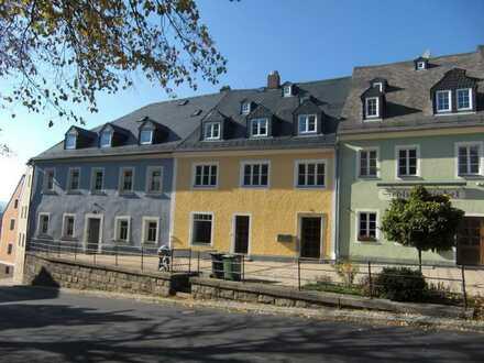 Erdgeschoss-Wohnung im Herzen von Weißenstadt direkt am Marktplatz