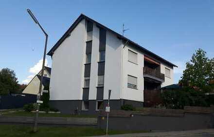 Schöne helle 4-Zimmer-Wohnung mit Balkon und Einbauküche in 90559 Unterferrieden