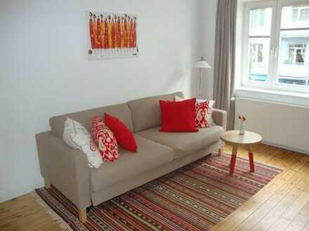 Schöne MÖBLIERTE 2-Zimmer-Wohnung mit Balkon und Einbauküche in Barmbek-Süd - ideal für Pendler