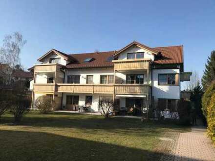 Bestlage: Dachwohnung mit Blick über Oberbeuren