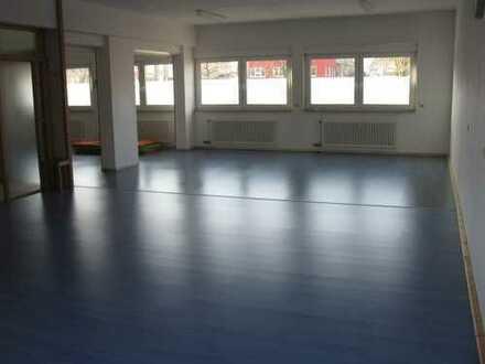 Flexibel gestaltbare Gewerbeflächen in Korb geeignet für Büro oder Praxis