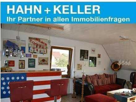 Großzügige 2 1/2 Zimmer-Dachstudio-Wohnung in kleiner Wohneinheit!