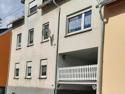 ***Gepflegtes Stadthaus -2 Wohnungen-Garage-Katzenelnbogen***