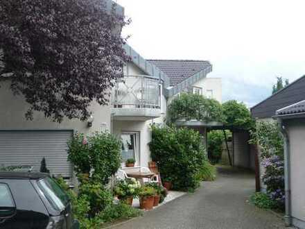 Freundliche 2-Zimmer-Wohnung mit Balkon und EBK in Hilden