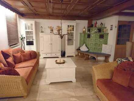 Da wohnen wo andere Urlaub machen. Gepflegte 5-Zimmer-Wohnung in Baiersbronn Schwarzenberg