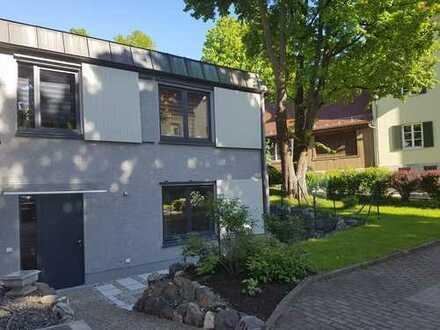Grüne, ruhige Stadtwohnung: 3 Zimmer plus 1 Küchen/Wohnbereich,