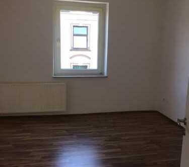 Gut geschnittene Drei-Zimmer Wohnung sofort frei