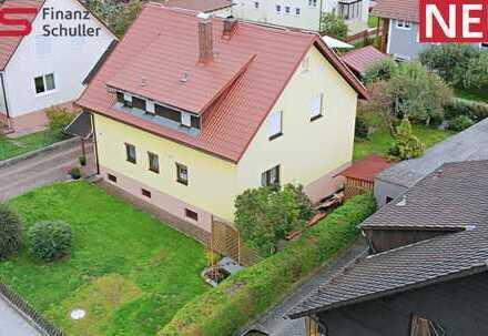 Großzügig saniertes Zweifamilienhaus in Maxhütte-Haidhof!