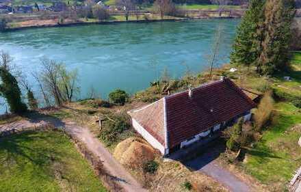 WASSERGRUNDSTÜCK zwischen Bad Säckingen und Waldshut; Hochrhein. Exklusive Wohnlage am Rhein.