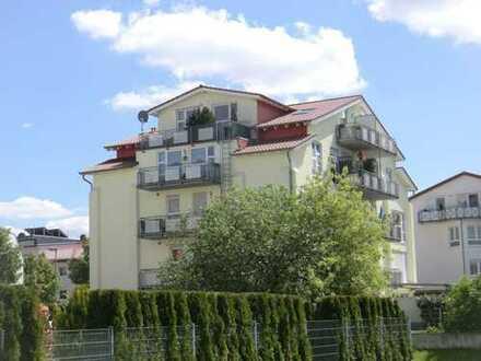 Jung & schick: Attraktive Maisonette-Wohnung mit Fernblick