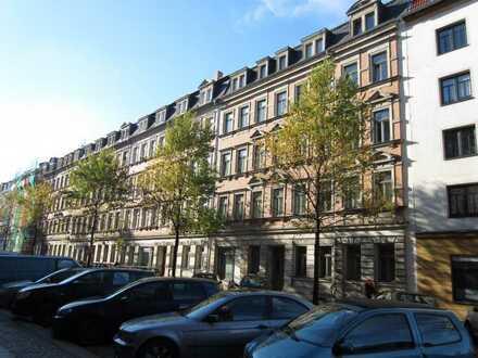 Gemütliche 2-Zimmer-Wohnung mit Balkon in Dresden-Friedrichstadt zur Miete