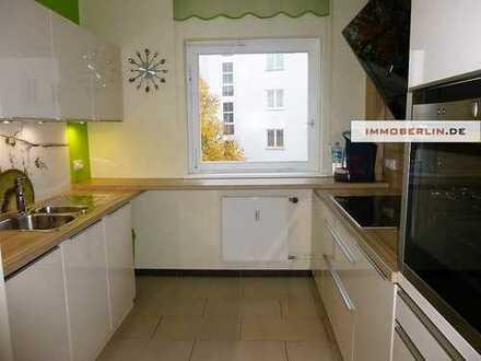 IMMOBERLIN: Perfekt besonnt & modernisiert: Schicke Wohnung mit Südwestloggia