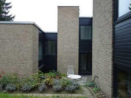 Modernes Split-level-Haus in Hannover- Buchholz, Nähe Kanal
