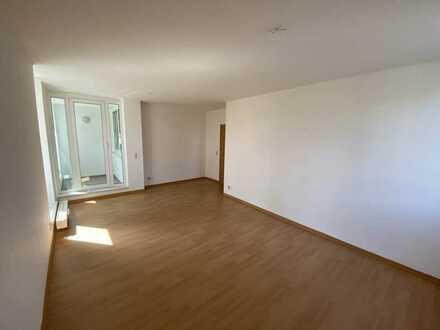 3-Raumwohnung mit Balkon in bester Lage, ab sofort frei!