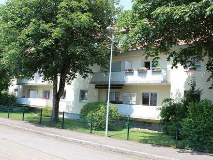Gemütliche 2-Zimmer Wohnung zu vermieten * Mit Balkon, Garage, Garten & Innenhof