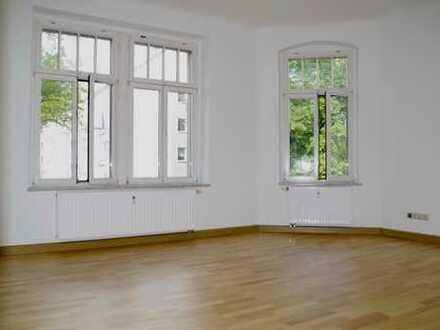 ♥ für SIE frisch RENOVIERT - 3 Zimmer im schönen Altendorf! ♥