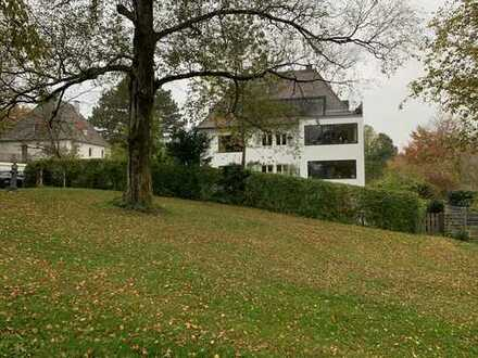 Exklusive, renovierte 4-Zimmer-Wohnung mit Dachterrasse in Kempten (Allgäu)