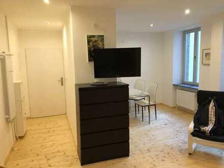 Exklusive, voll möblierte 1-Zimmer-Erdgeschosswohnung in Karlsruhe Südstadt