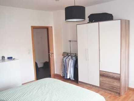 2-Zimmerwohnung im I.OG, voll möbliert, nähe Stadtzentrum HN, ab Dezember beziehbar