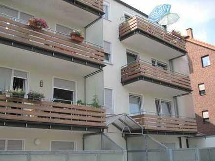 Gepflegte 2-Zimmer-DG-Wohnung mit Balkon in Bottrop
