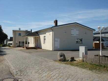 Gewerbeobjekt mit 2000 m² Grundstück in 24629 Kiesdorf