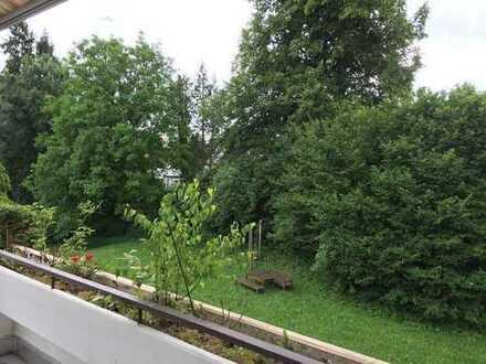 Terrassenwohnung in traumhafter, ruhiger Lage zwischen München und Starnberger See