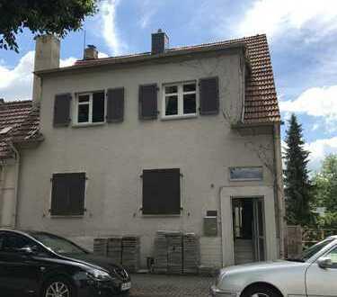 Schönes 1-2 FH in guter Wohnlage von St.Ingbert