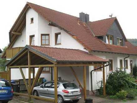 Doppelhaushälfte mit Einliegerwohnung in herrlicher Naturlage