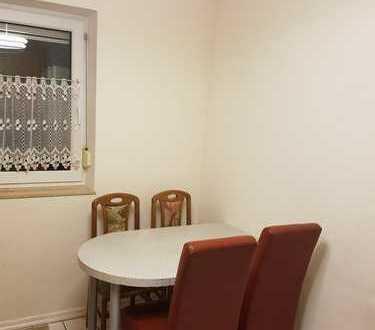 Schönes Reihenmittelhaus mit fünf Zimmern in Garbsen-Mitte